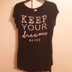 KEEP YOUR DREAMS ALIVE BLACK DISTRESSED TEE L